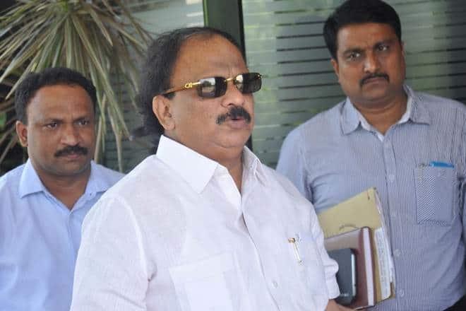 Roshan Baig, Karnataka crisis, The Federal, English news website