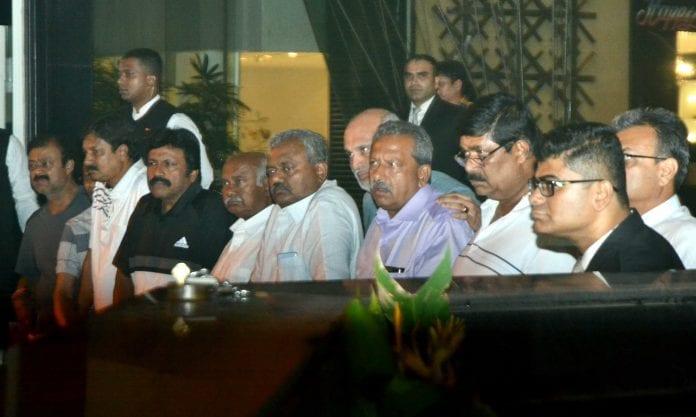 The Federal, English news website, Kumaraswamy, Deve Gowda, BJP, Yeddyurappa, Karnataka MLAs