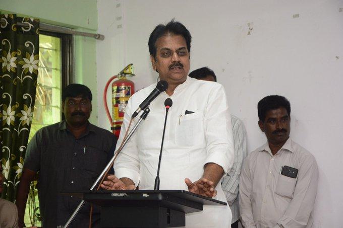 Harshavardhan Patil, Maharashtra Congress, Devenda Fadnavis, defection