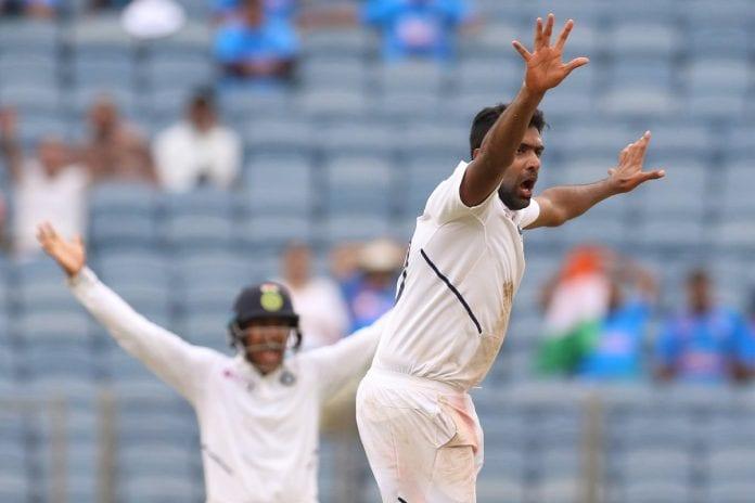 Ravichandran Ashwin, Wriddhiman Saha, Keshav Maharaj, Vernon Philander, Ravindra Jadeja, South Africa tour of India, second Test, day three