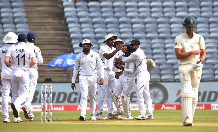 South Africa tour of India, Ishant Sharma, Umesh Yadav, Ravichandran Ashwin, Dean Elgar, Aiden Markram, Nigel Llong, second test, day four