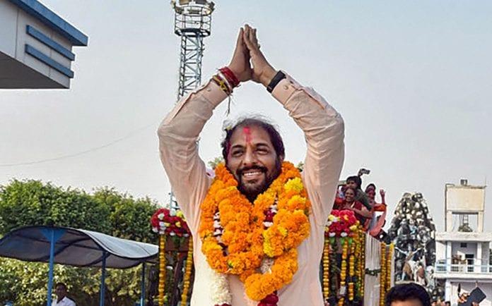 Gopal Kanda, Haryana assembly elections, Manohar Lal Khattar,