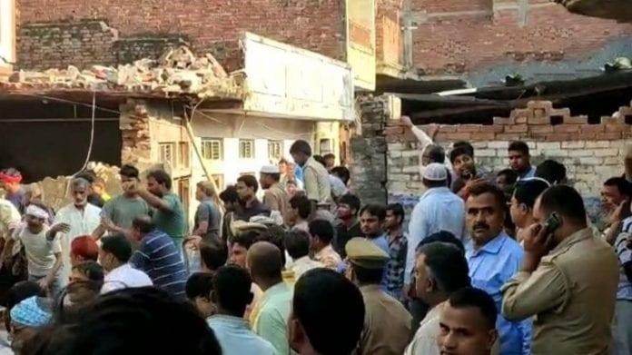 cylinder explosion, Uttar Pradesh, UP, 10 died, Mau district, Awanish Awasthi, UP CM Yogi Adityanath, relief, medical help