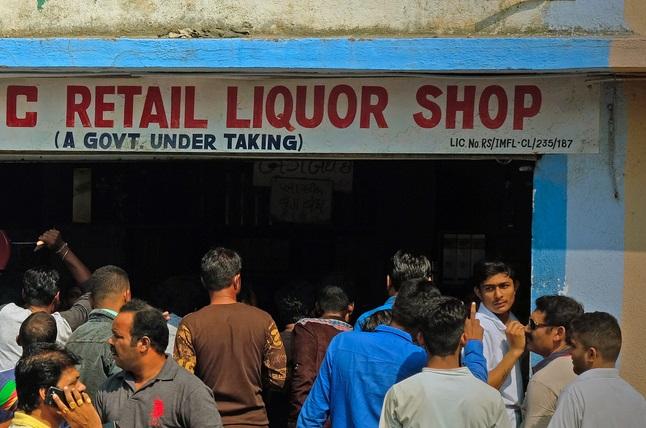 liquor ban, dry law, alcohol ban, alcohol