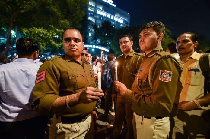 resume work, Delhi police, lawyer-police clash, beat up, Delhi police commissioner, Amulya Patnaik, Tis Hazari court, parking dispute, injured, suspension, transfer, compensation, no action, judicial inquiry