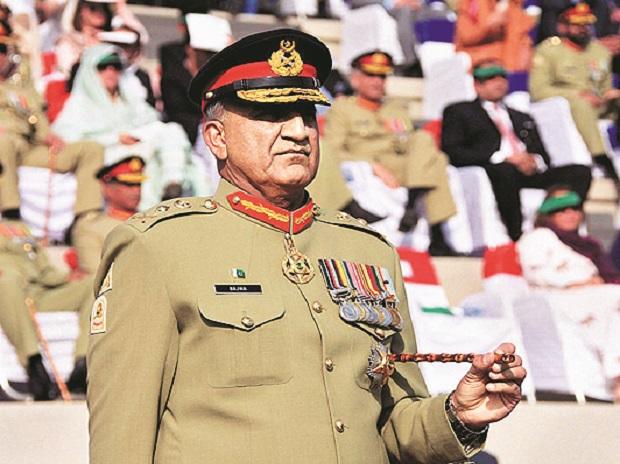 Pakistan, Supreme Court, army chief, tenure extension, Army General, Qamar Javed Bajwa, three-year term, President Arif Alvi, Prime Minister Imran Khan, Chief Justice Asif Saeed Khosa