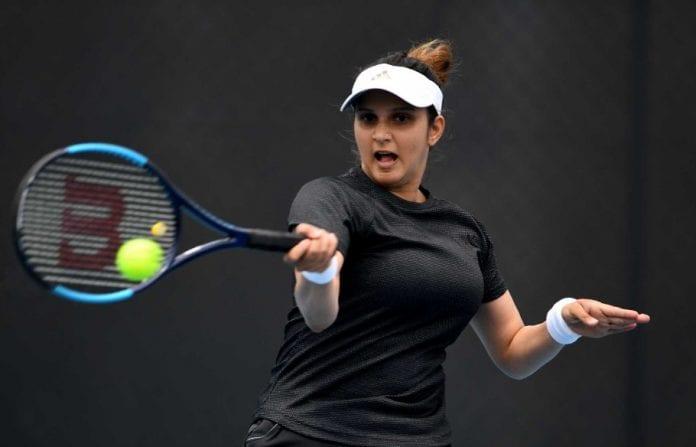 Hobart International, Sania Mirza, Nadiia Kichenok, Vania King, Christina McHale, WTA circuit