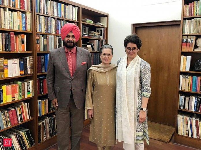 Navjot Singh Sidhu, Congress, Priyanka gandhi vadra, Sonia Gandhi, meeting, Punjab CM, Captain amarinder Singh