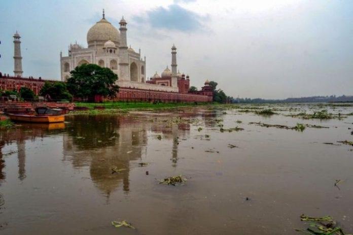 Yamuna river, foul smell, 500 cusecs water, Trump's India visit, Uttar Pradesh Irrigation department, Namaste Trump event, Donald Trump, Narendra Modi