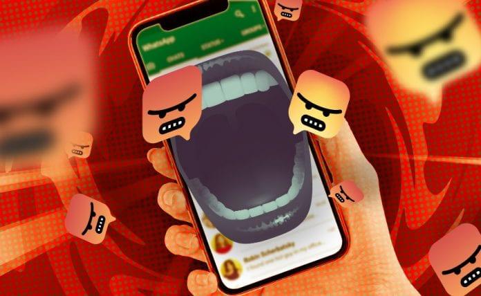 Hate messaging Whatsapp Social Media