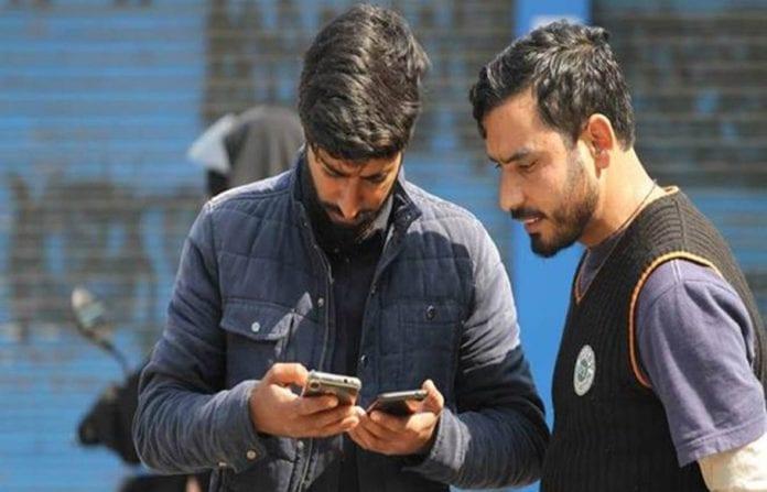 Social media, Jammu and Kashmir, abrogation of Article 370, internet ban