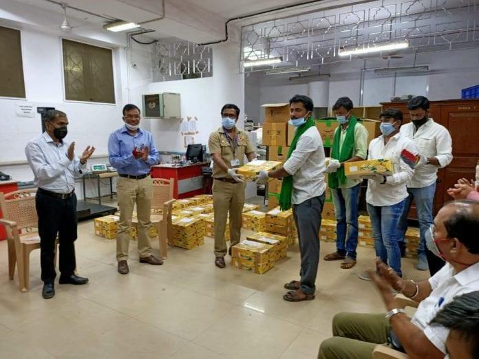 India Post, post office, postmen