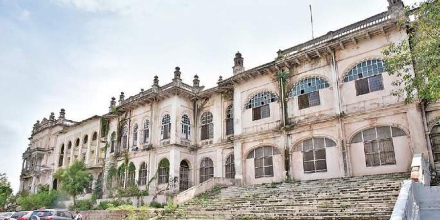Telangana, secretariat, Hussain Sagar, heritage monuments, Vaastu, Errum Manzil, Nizams