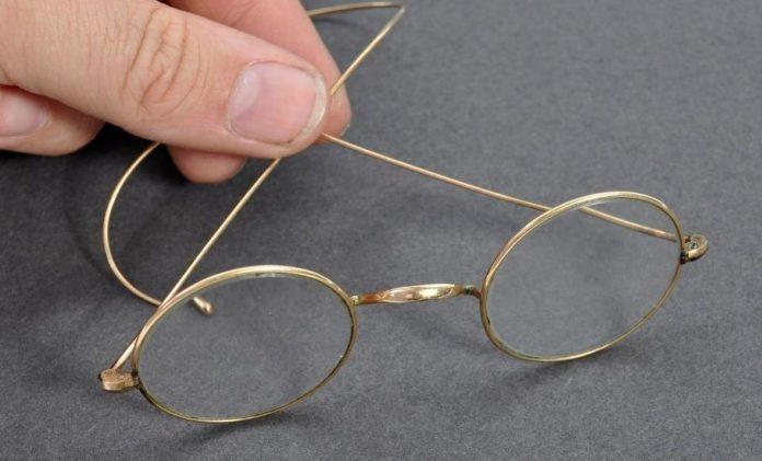 Spectacles of Gandhi