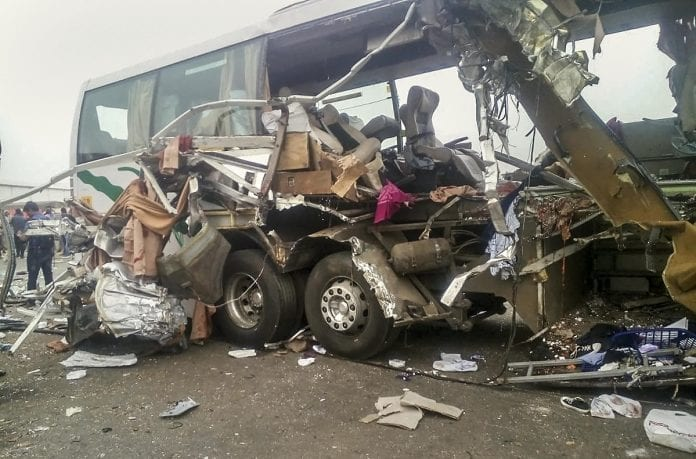 bus, container lorry, truck, collision, Tamil Nadu, Coimbatore, Avanashi, 19 killed, injured, trapped in debris, high speed