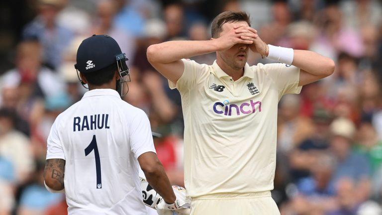 India-England 1st Test: Bad light halts game on Day 2